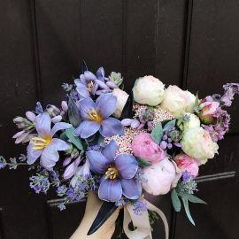 Багато весільної флористики